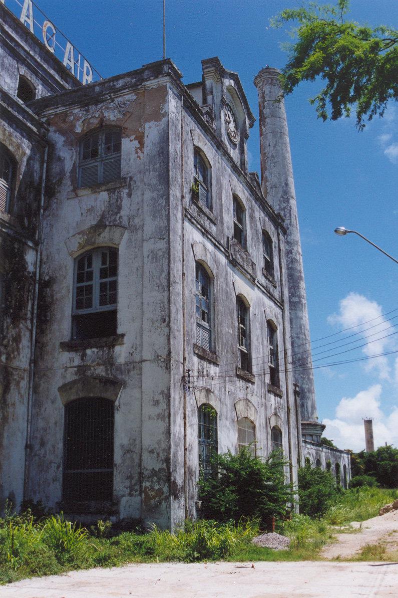 TACARUNA_F_edificioexistente.jpg